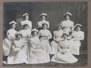 KGH School of Nursing Graduating Class of 1913.  Museum of Health Care #995082081